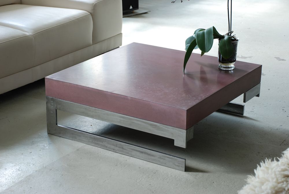 Les ateliers brice bayer tables et bureaux vertigo table en b ton cir e e - Table basse interiors ...